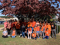 picture of students wearing orange in unity